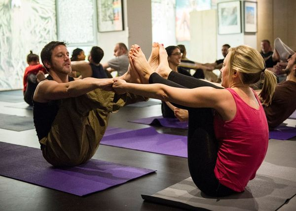 yoga dating london Yoga singles – meet like minded people now free membership for a limited period only.