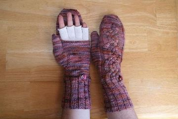 mittens | Dances with Wools