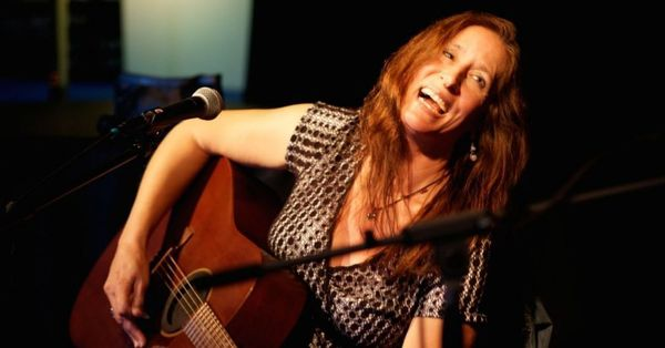 Living Room Concert With BETH WIMMER