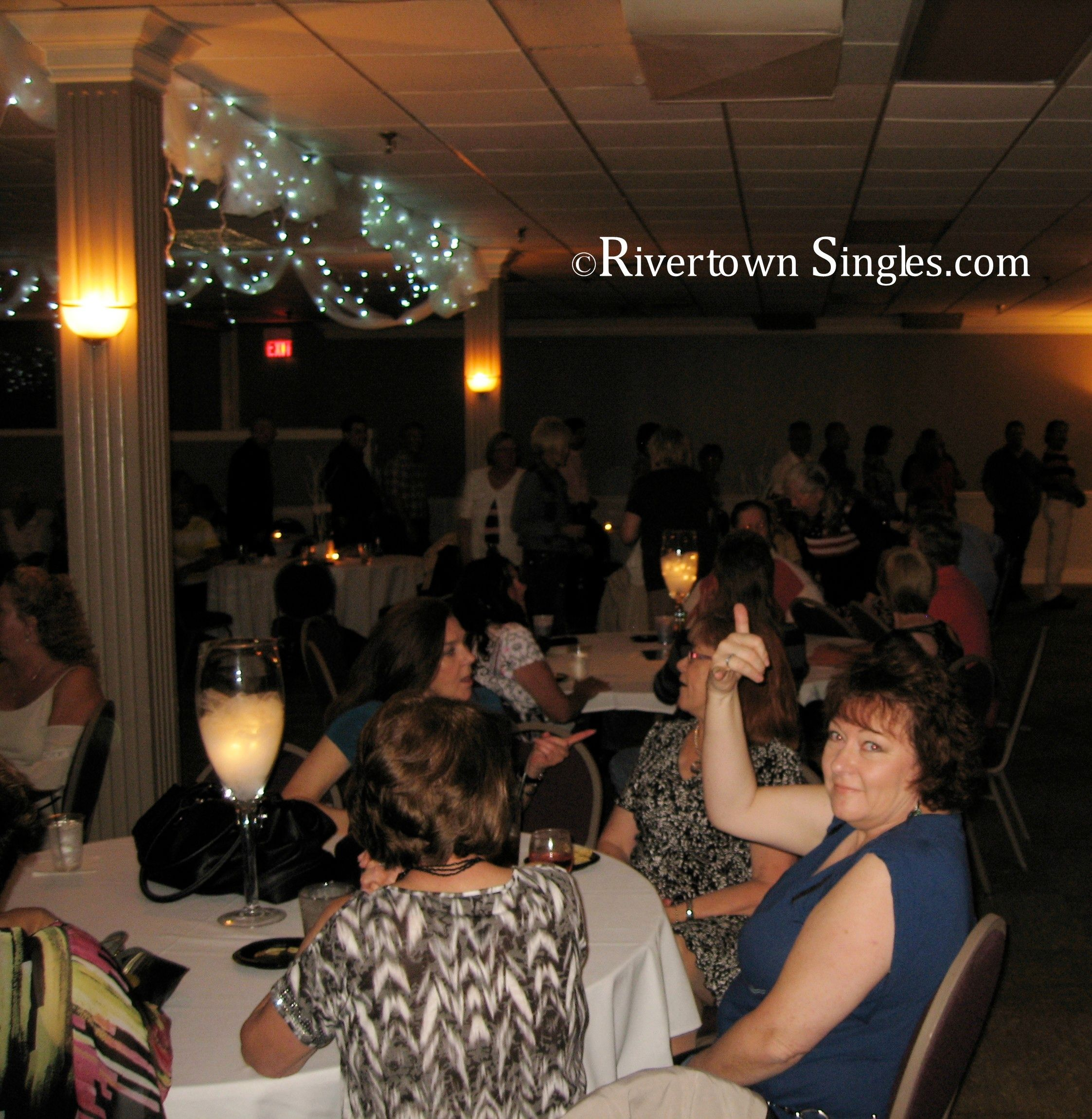 meet maple rapids singles Pre-dating minneapolis speed dating singles events  you'll meet up to a dozen other single professionals face-to-face in your age and interest group through a.