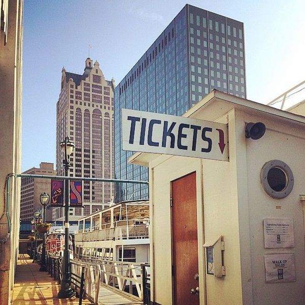Picture of Learn Milwaukee ticket booth dockside
