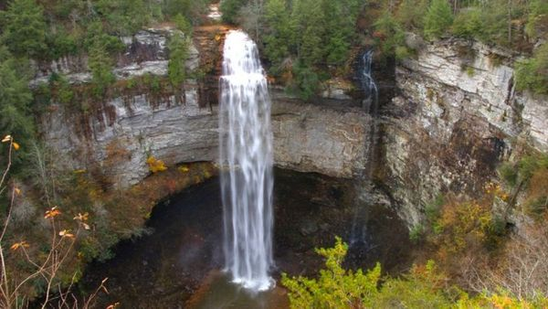 Fall creek falls waterfall weekend 2016 bowling green for Tnstateparks com cabins