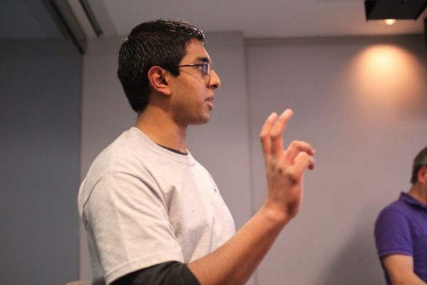 photo of shankar ambady speaking on natural language processing and machine learning in python