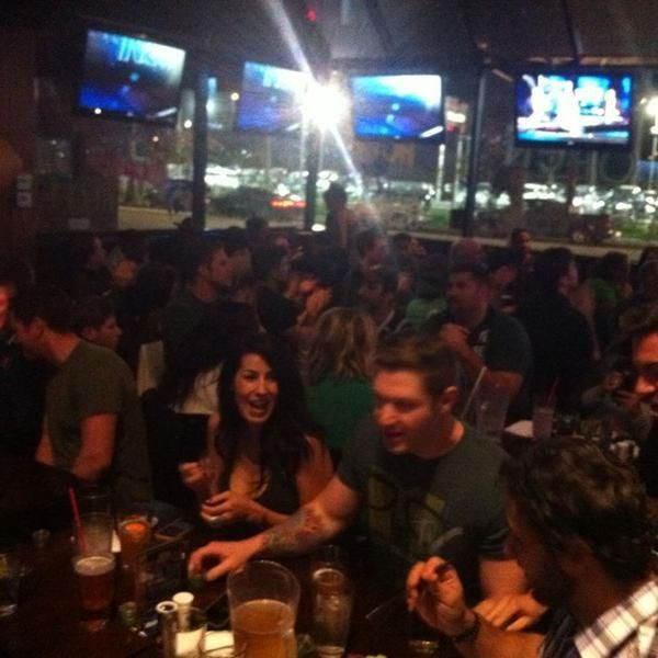 Man Cave Bar California : Mingle with new friends the man cave ultimate sports bar