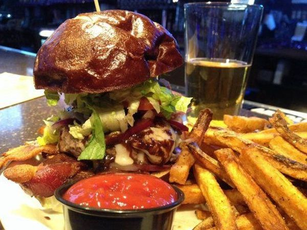 Man Cave Burgers : Mingle with new friends the man cave ultimate sports bar