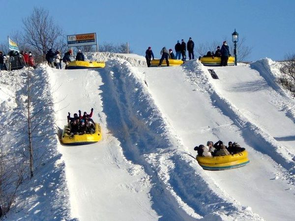 qu u00e9bec city winter carnival tour  also visiting ice hotel
