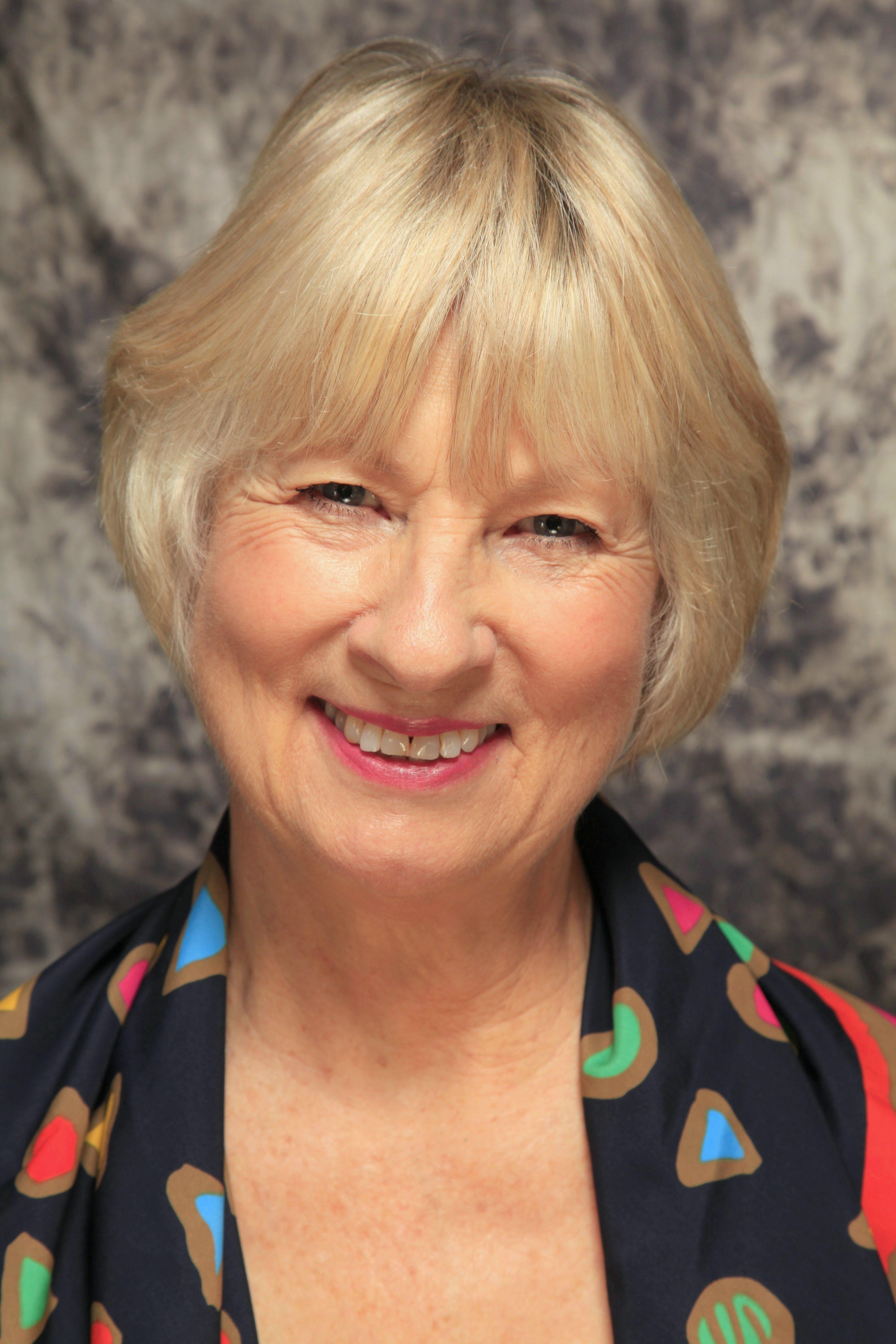 Ann Ross Net Worth