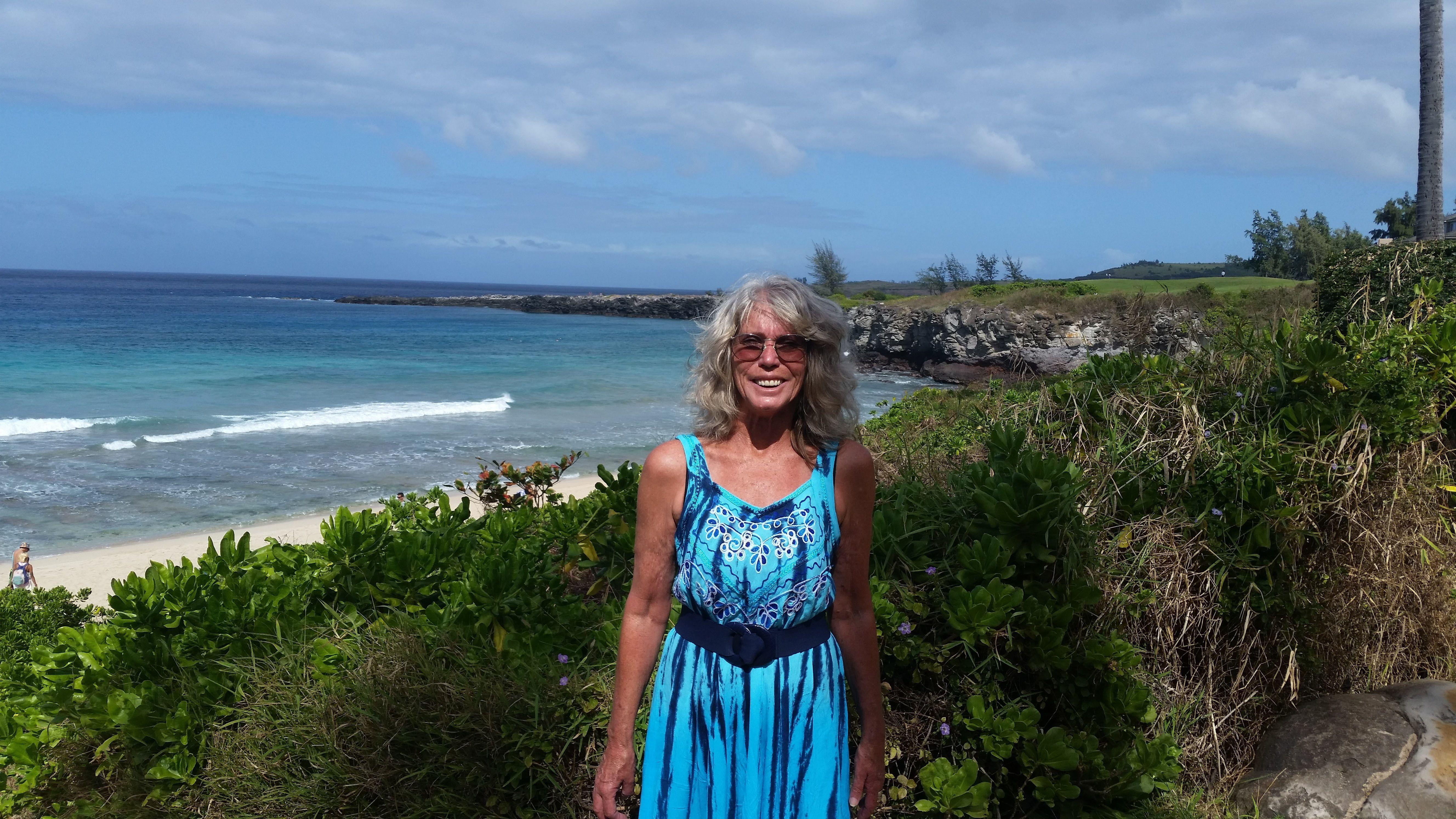 lahaina single women Meet lahaina singles at loveawake 100% free online dating site whatever your age we can help you meet senior men and women from lahaina, hawaii, united states no tricks and hidden charges.